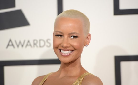 Amber Rose Reveals Teeth