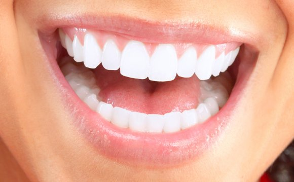How To Whiten Teeth?