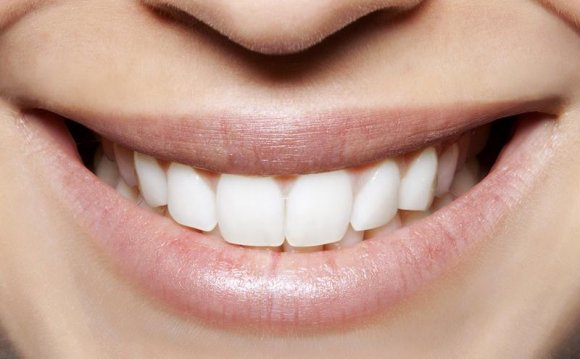 Teeth-Whitening Products That