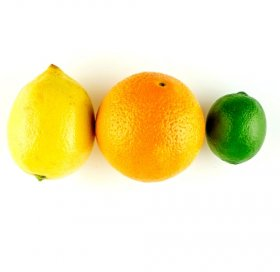 Citrus fruits as natural teeth whitening – Shutterstock
