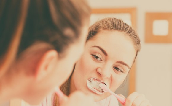 What Helps sensitive teeth after whitening?