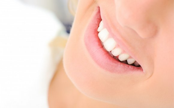 Naturally White teeth whitening Houston